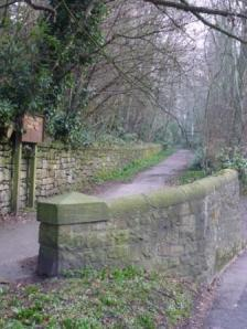 Footpath to St Mary's Church, Penwortham